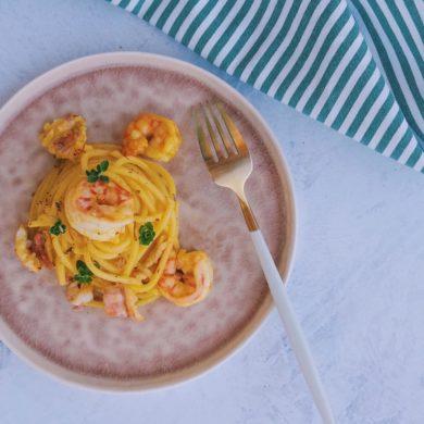 Tonnarelli con triglie, mazzancolle e canocchie dell'Adriatico, al limone e zafferano