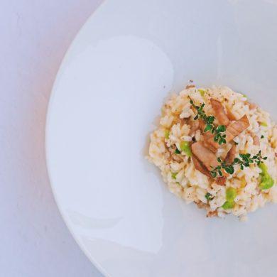 Risotto, favette, pepe di Sichuan e pesce spada affumicato