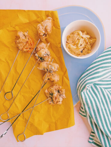 Sarde in pastella ai semi oleosi con crema di finocchio grigliato e sesamo